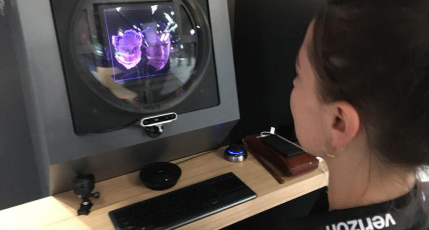 Holographic video conferencing system uses 5G network to