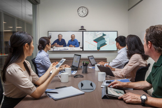 Polycom_RealPresence_Group_500_Room.jpg