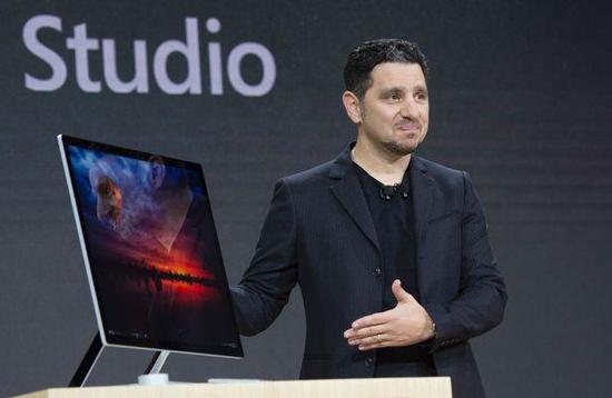 Microsoft-Corporate-VP-of-Devices-Panos.jpg