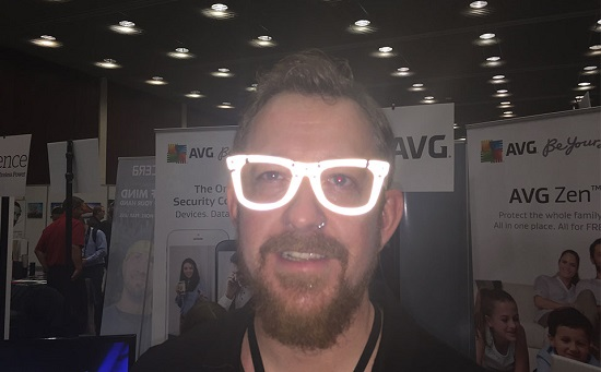 AVG_glasses