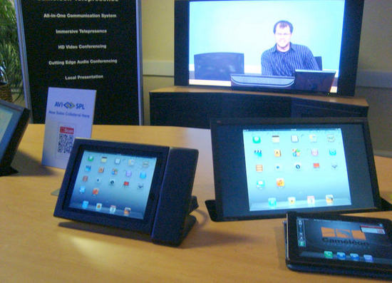 Cameleon-ipad-control-thumb-550x397.jpg