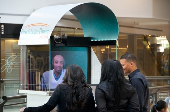 TelePresence_Tech_Kiosk_with_live_agent.jpeg