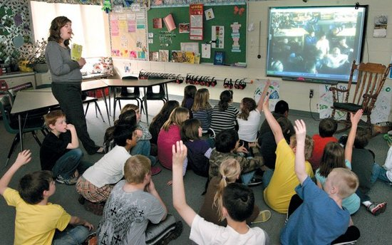 Edgerton students use videoconferencing to expand ...
